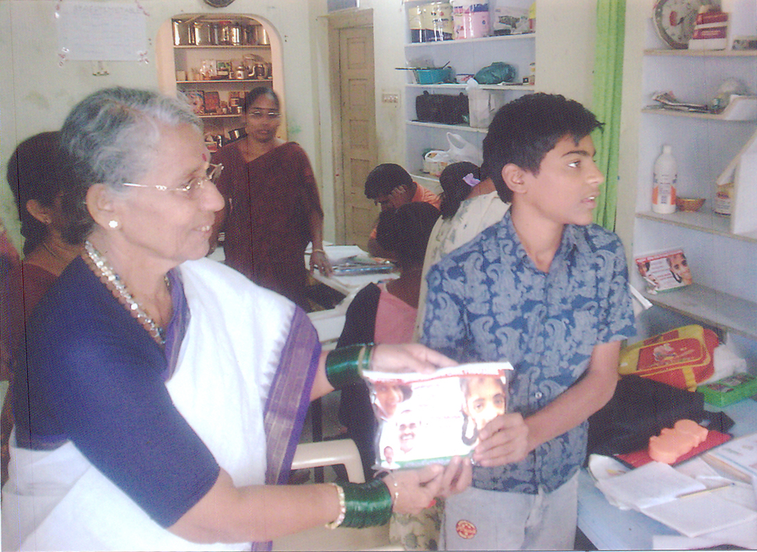 mrs.krishnavenamma_visited_prerana
